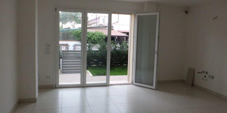 Ampio appartamento Cervia centro soggiorno finestra
