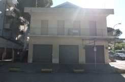Palazzina in vendita a Pinarella