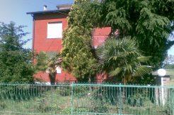 Casa con Podere in vendita a Forlimpopoli