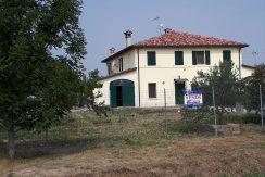 Casale in vendita nella campagna di Ravenna