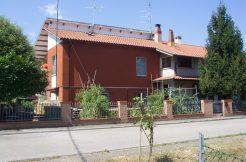 Villa bifamiliare in vendita a Mirabilandia