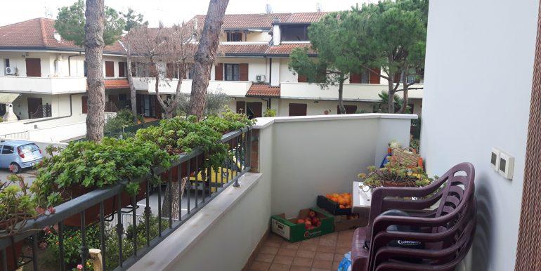Ampio appartamento in vendita a Pinarella balcone soggiorno