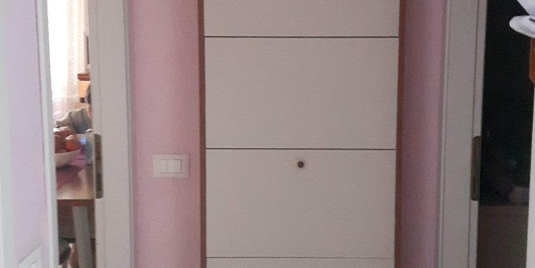 Ampio appartamento in vendita a Pinarella disimpegno