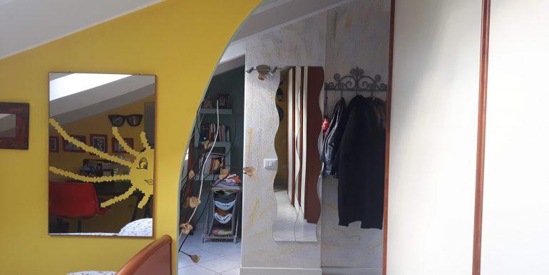 Ampio appartamento in vendita a Pinarella mansarda