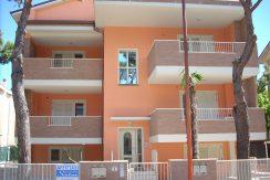 Appartamento in palazzina a Pinarella