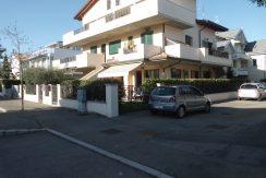 Appartamento al piano terreno in vendita a Cervia esterno palazzo