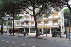 Negozio in affitto a Milano Marittima