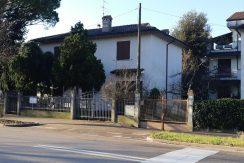 Villa singola con tre camere da letto a Cervia