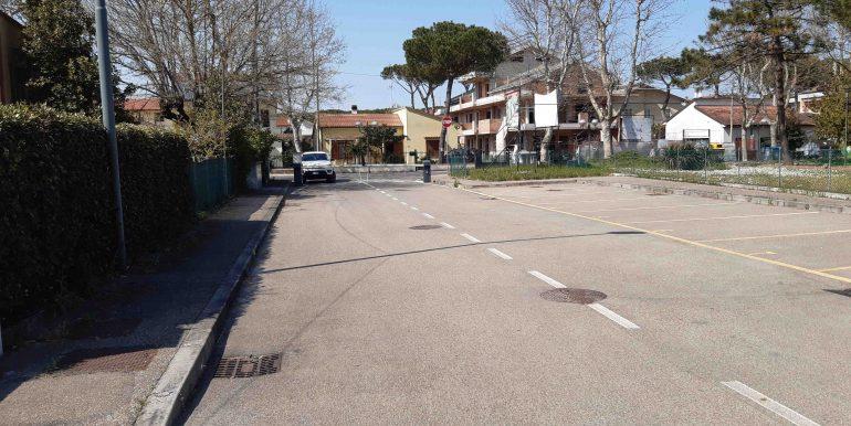 2 parcheggi