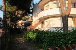 Appartamento con terrazzo in vendita a Milano Marittima
