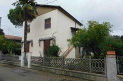 Casa in vendita a Castiglione