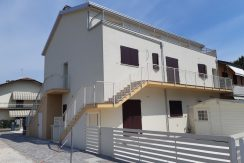 Ampio appartamento nuovo in vendita a Tagliata