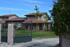 Villa nuova in vendita a Cesena
