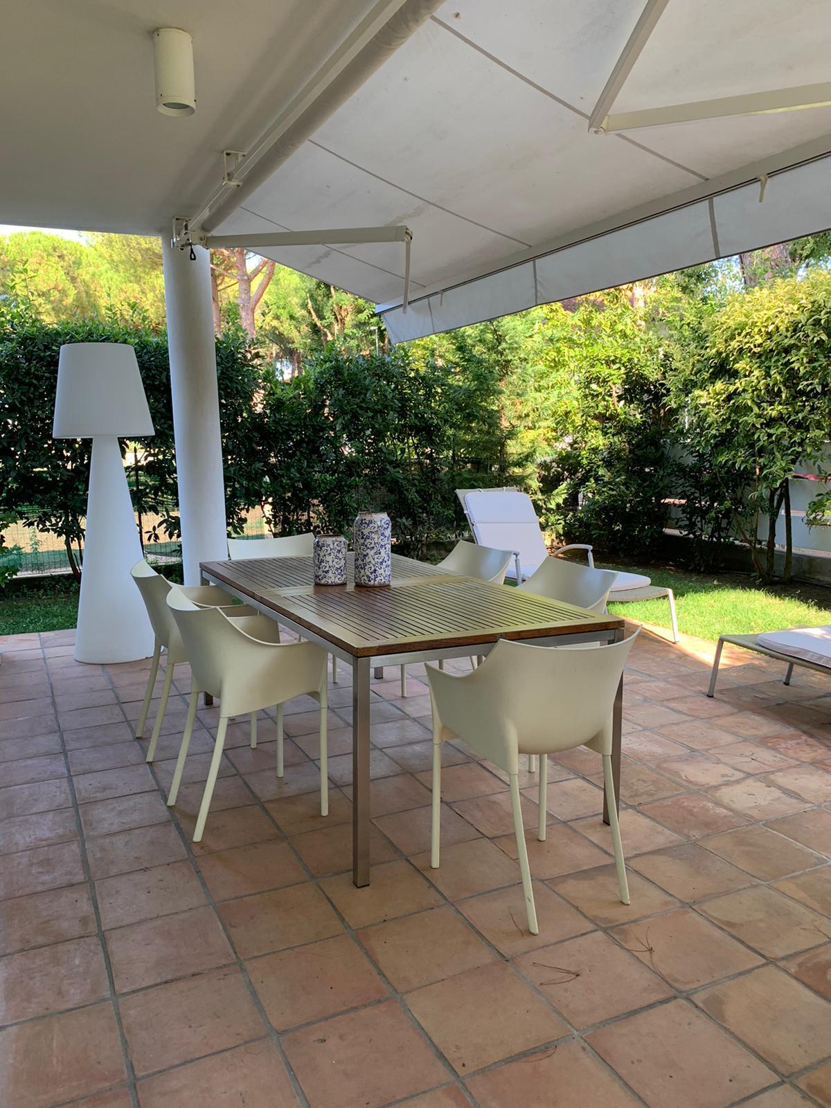 Villa con giardino a Cervia