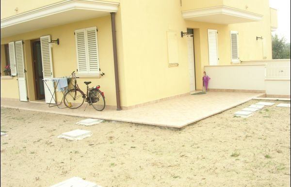Appartamento indipendente con giardino in vendita a Cervia