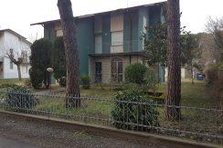 Casa con terreno in vendita a Tagliata